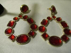 """AVON """"Pop of Red Statement Earrings"""" Goldtone w/ Faceted Faux Stones 2 1/2"""" L"""