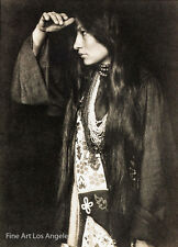 Gertrude Kasebier Photo, portrait of Zitkala Sa, Sioux writer, activist, 1898