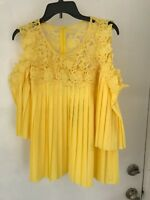 Juliette Pleated crochet cold  Blouse Top  M Yellow NWT