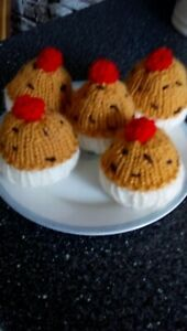 Hand Knitted Currant Buns 5 Buns Cakes Toy Food, Play, EYS1, Role Play