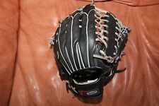 """Louisville Slugger 14"""" DYN1400 Fully Conditioned. Leather Softball Glove"""
