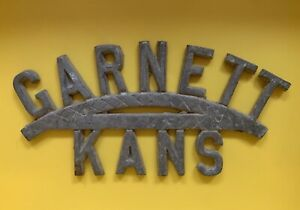 RARE RADIATOR BADGE EMBLEM Garnett KS Dodge Ford Chevy License Plate Topper?
