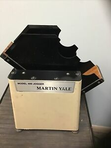 Martin Yale 400 Single Bin Desktop Paper Jogger
