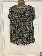 LOVELY LADIES PAPAYA TOP  SIZE  16  Pre-Owned