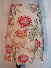 Nine West floral red green rayon skirt, A line with bottom pleated flair size 12