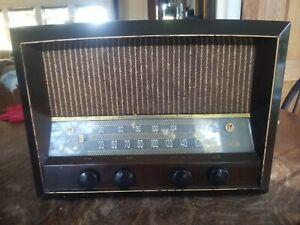 Vintage RCA Model 68R3 Mid Century Modern AM/FM Radio Working - Looks Great!