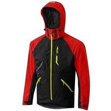 Équipements rouge Altura pour cycliste