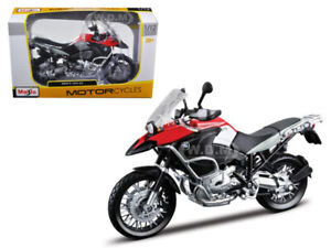 BMW R1200GS RED & BLACK 1/12 DIECAST MOTORCYCLE MODEL BY MAISTO 31157
