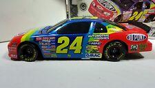 1997 Jeff Gordon #24 Winston Million Dupont 1:24 Scale Diecast Bank NASCAR MIB