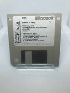 """Microsoft PowerPoint  v. 4.0- 11 Set 3.5"""" Floppy Disks With Startup 3M DS/HS 001"""