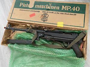 Vintage MGC Model 68 Replica WWII German MP40 Machine Gun