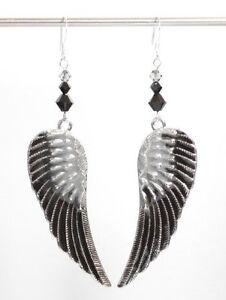 Ohrringe mit Swarovski® Kristallen + Metall Flügel Grau Schwarz GROSS in Etui