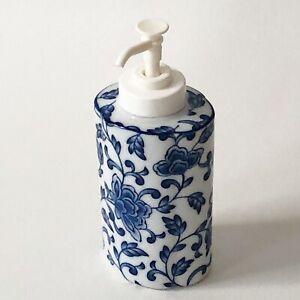 Pier 1 Ceramic Pump Bottle Lotion Soap Dispenser Blue White Floral Chintz JAPAN