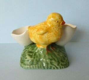 FAB HAND PAINTED CERAMIC DOUBLE EGG CUP WITH CHICK