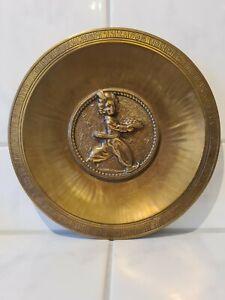 Sarotti Zierteller aus Bronze für 25 Jährige Treue Tätigkeit von 1968. H.Noack