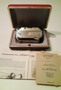 VINTAGE MEC 16 SUBMINI CAMERA IN GOLD W/BOX, PAPERS, CHAIN, CASE