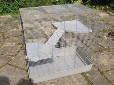 Jaula de rata grande (80x80x50cm), accesorios, ropa de cama, entrega de menos de 50 millas de los alimentos.