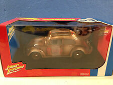JL Disney Herbie Love Bug Goes Bananas VW Beetle Bug1:18 Diecast Playing Mantis