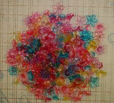 LOOSE ACRYLIC-LUCITE BEADS-FLOWER-FLOWERS-MIXED COLORS-SIZES-50 BEADS-FREE GIFT