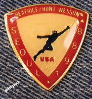 Fencing Olympic Pin~Sponsor~Beatrice~Hunt~Wesson~1988 Seoul, Korea