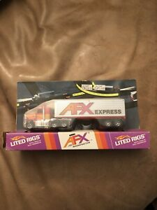 AFX SLOT CAR Lighted Rig Carded #1156/1157