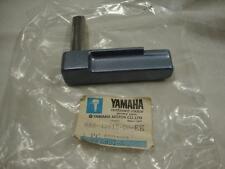 Genuine Yamaha bottom cowling lever clamp 1 688-42815-00-EK 200 HP outboard