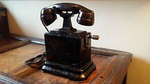 ANTIQUE VINTAGE HAND CRANK DESK RAILWAYS TELEPHONE - ERICSSON ENGLAND - BAKELITE