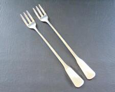 Oneida COLONIAL ARTISTRY 2 Cocktail/Seafood Forks Distinction Stainless