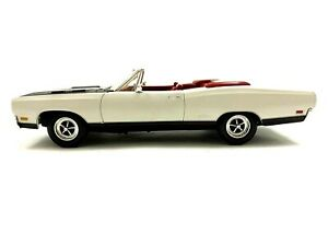 ERTL COLLECTIBLES 1969 PLYMOUTH GTX CONVERTIBLE AMERICAN MUSCLE 1/18 SCALE #207