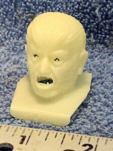 VINTAGE 70's POST CEREAL Premium UNIVERSAL AURORA WOLFMAN PLASTIC HEAD