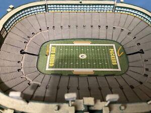 "Danbury Mint  -  Green Bay Packers Lambeau Field Come's in the ""Original Box"""