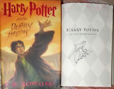 Daniel Radcliffe signed Harry Potter Deathly Hallows Book. In Person Photo Proof