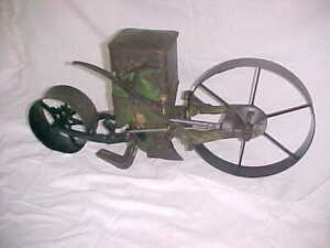 Planet Jr Vintage No 4 Hill & Drill Garden Seeder Planter Excellent