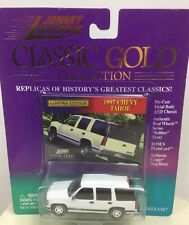 '97 White Chevy Tahoe Classic Gold Johnny Lightning Limited 1999 1:64 Fast Ship