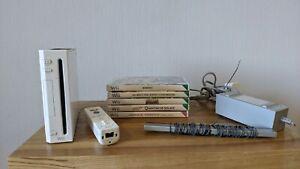 Nintendo Wii White Console Bundle - 5 Games, Mains, Sensor Bar, Controller