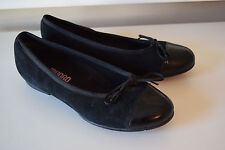 NEW Munro American black suede leather cap toe ballet flats 5 M Career Casual