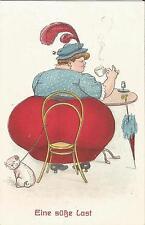 Eine süße Last, Dicke Frau mit Mops Hund im Cafe, alte Scherzkarte um 1920