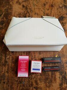 SHISEIDO Makeup Bag + 4 items Gift Set