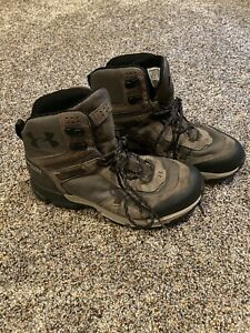 mens under armour boots size 9