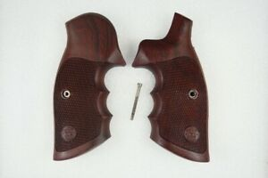 S&W GRIPS K and L FRAME,HARDWOOD,SQUARE BUTT,SMITH&WESSON GRIPS