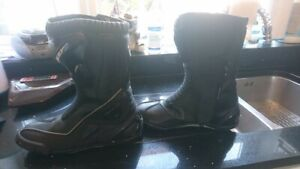 Spada leather motorcycle boots size 11