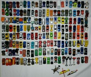 Vintage 1980's to 2000 Hot Wheels , Maisto & Matchbox Lot of 187 Cars