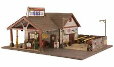 New Woodland O Scale Structure Built & Ready Ethyl's Gas & Service BR5849