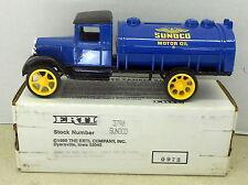 SUNOCO MOTOR OIL 1931 HAWKEYE TANKER TRUCK 1993 DIECAST ERTL BANK #3790