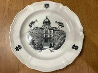 """Wedgwood 10 1/4"""" """"NOTRE DAME UNIVERSITY"""" Collector Plate"""