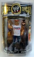 WWE WWF CLASSIC SUPERSTARS 2 IN 1 HULK HOGAN MAIL IN RARE IN CLAM SHELL MINT