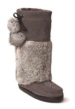 AUTHENTIC MANITOBAH MUKLUKS SNOWY OWL VIBRAM SOLE Boots
