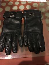 Authentic Women Gucci black leather gloves 7.5