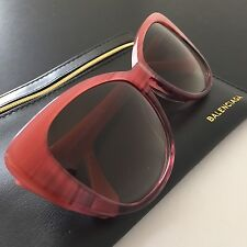 Balenciaga Women's Rose Cat-Eye Sunglasses BA0016 44F 57mm Italy $400 NWT Case