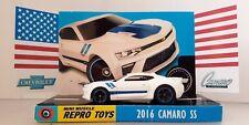 HOT WHEELS 2016 Chevrolet CAMARO SS Diecast Model Car in Custom Display Stand
